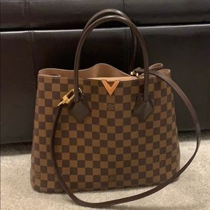 Louis Vuitton Kensington Bag